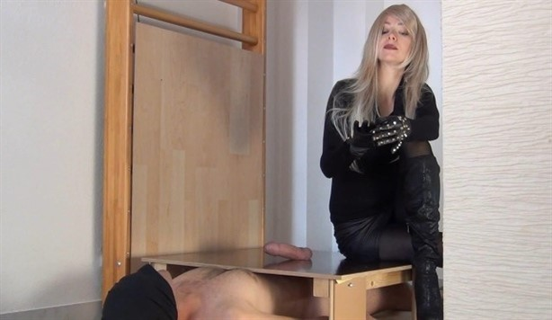[Full HD] Mistress Alina - Suffer Two Bitchy Orgasms Mistress Alina - SiteRip-00:34:42 | CUM EATING INSTRUCTION, GLOVE FETISH, BOOT DOMINATION, TRAMPLING, HANDJOBS - 1,2 GB