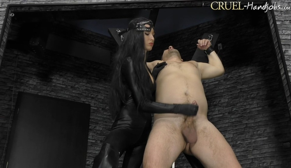[Full HD] Mistress Ariel. Blackmail Mistress Ariel - SiteRip-00:09:05 | Ruined Orgasm, Handjob, Femdom - 521,3 MB