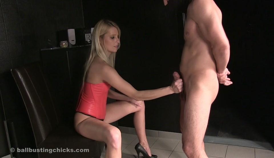 [Full HD] Mistress Natalie Black. Leg Domination Mistress Natalie Black - SiteRip-00:07:02 | Legs, Domination, Femdom, Handjob, High Heels, Ballbusting, CBT - 271,4 MB