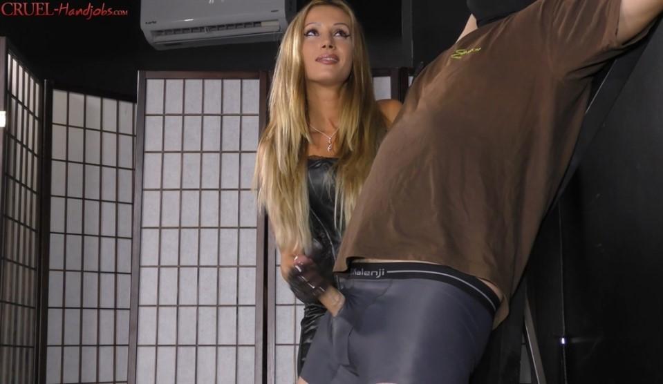 [Full HD] Mistress Tatjana. Horny Slave'S Punishment Mistress Tatjana - SiteRip-00:08:05 | Humiliation, Domination, Femdom, Ruined Orgasm, Handjob, BDSM, Blonde - 1008,6 MB