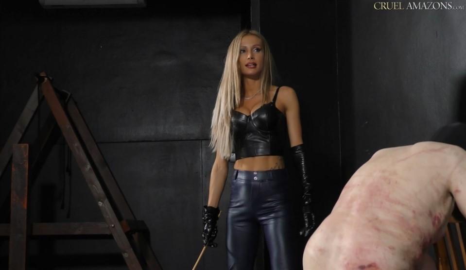 [Full HD] Mistress Tatjana. Multiple Canes Are Broken Mistress Tatjana - SiteRip-00:09:54   Corporal Punishment, Blonde, Caning, Humiliation, Femdom, High Heels - 704,3 MB
