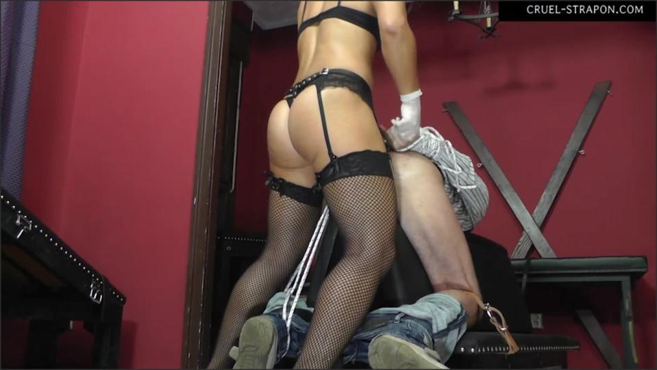 [Full HD] Mistress Zita. Forced Fuck With A Strapon Mistress Zita - SiteRip-00:12:16 | Femdom, Strapon, Domination, Stockings, Humilation, Bondage, High Heels - 762,8 MB