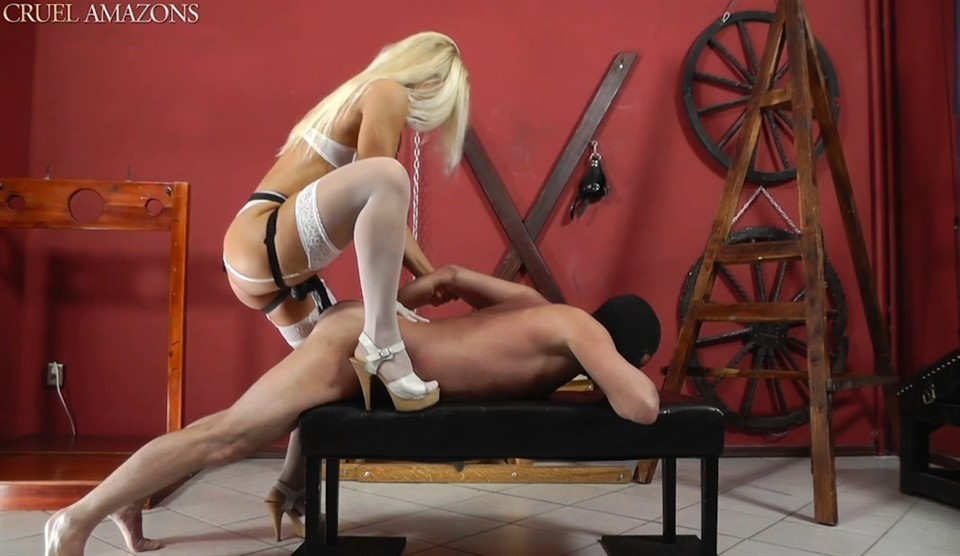 [Full HD] Mistress Zita. Further Punishment Mistress Zita - SiteRip-00:09:06 | Femdom, Humilation, Strapon, Domination, High Heels, Stockings - 529,3 MB