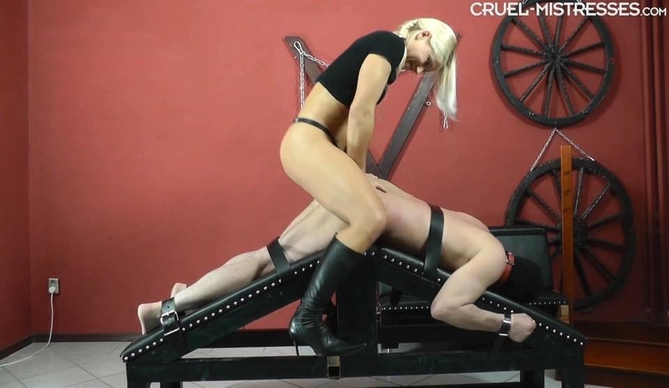 [Full HD] Mistress Zita. Giant Cock In His Ass Mistress Zita - SiteRip-00:10:32 | Strapon, Domination, Femdom, High Heels, Humilation - 653,1 MB