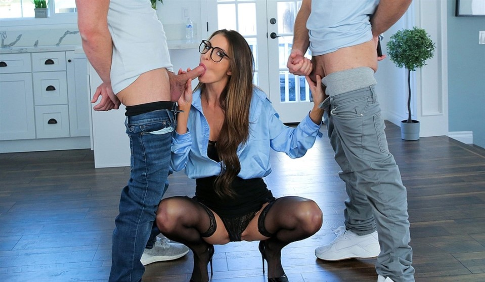 [4K Ultra HD] Silvia Saige - Who Wants To Be Teachers Pet Silvia Saige - SiteRip-00:27:35 | Swallow, Hardcore, Glasses, Lingerie, FMM, POV, Passion, Handjob, Panties, Cowgirl, All Sex, Cum in Mouth...