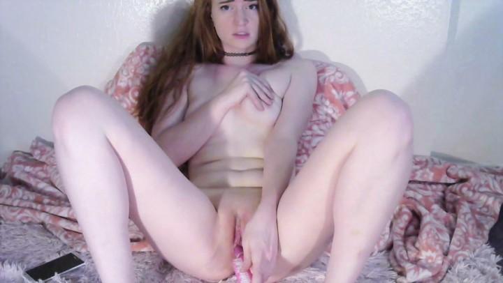 [Full HD] squeezypeach cumming on my hairbrush squeezypeach - ManyVids-00:12:25 | Fetish,Hair Brush,Kink,Odd Insertions,Orgasms - 559,4 MB