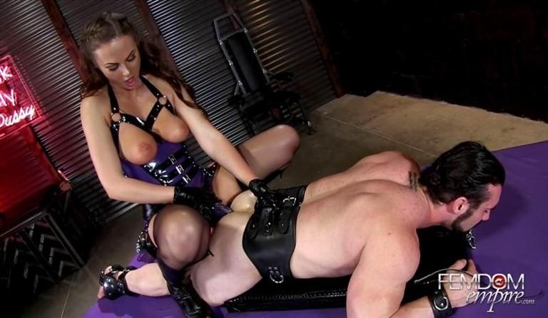 [Full HD] Tina Kay - Gaping Ass Fuck Doll Tina Kay - FemdomEmpire.Com-00:21:08 | Anal Play, Femdom, Strapon - 1,3 GB