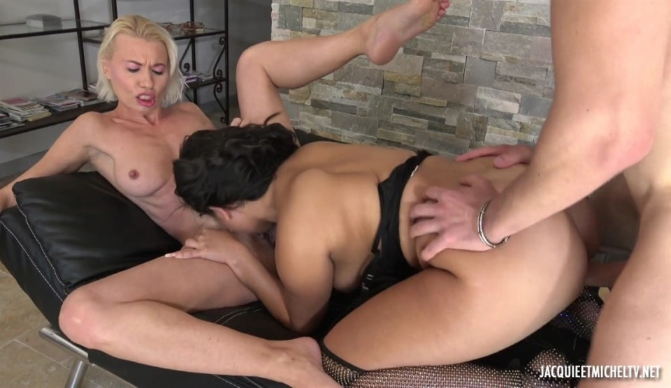 [Full HD] Zarah Star &Amp; Justine - The Beautiful Meeting Between Zarah And Justine Mix - SiteRip-00:35:38 | Hardcore, Gonzo, All Sex, Threesome - 921,8 MB