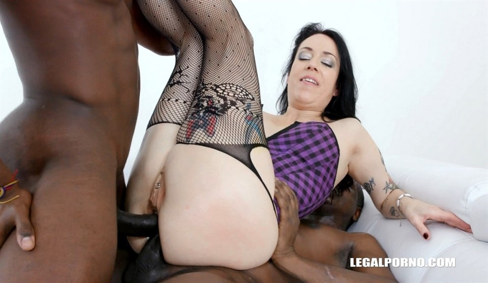 [Full HD] Adeline Lafouine is back to take a foot in the ass & three cocks at once IV434 Adeline Lafouine - SiteRip-00:56:17 | Deepthroat, Double Penetration, Fisting, Swallow, Milf, Toys, Blowjob,...