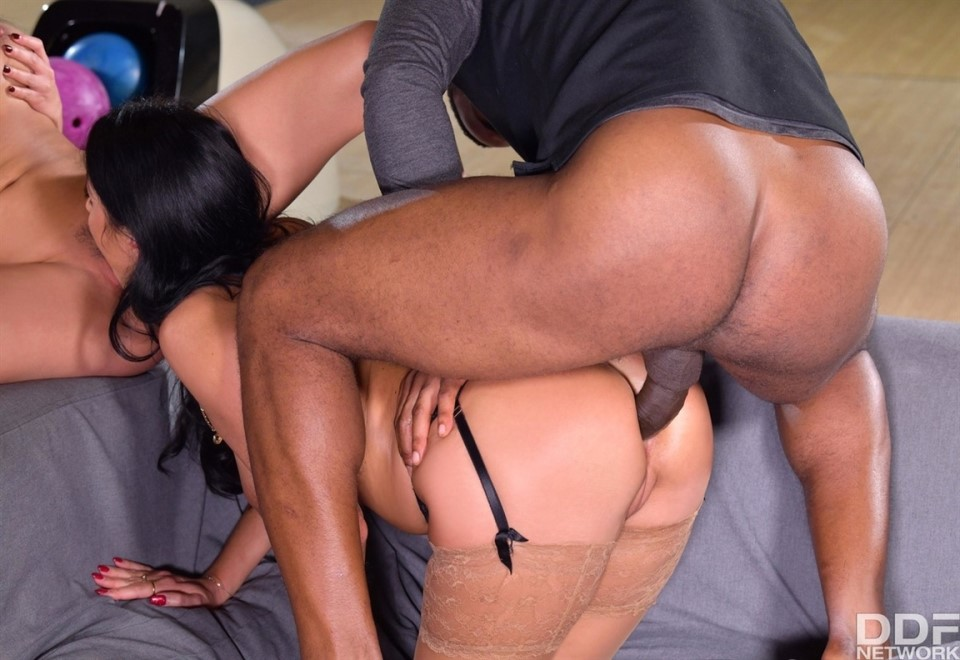 [Full HD] Anissa & Floosies Prepare Each OtherS Pussies For Some Serious Black Dick Mix - SiteRip-01:09:23 | Threesome, Anal, Cum In Mouth, BBC, Hardcore, MILF, Gonzo, Interracial - 3,3 GB