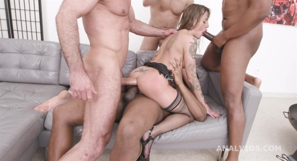 [HD] Basined. Silvia Dellai 4on1 with Balls Deep Anal, Gapes and Swallow GIO1825 Silvia Dellai - SiteRip-00:49:48 | Anal, Double Anal, Piss Drinking, Interracial, Blowjob, Gapes, Deep Throat, Cum S...