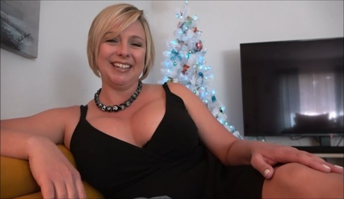 [Full HD] Brianna Beach - New Years Resolution Brianna Beach - SiteRip-00:26:02 | POV, Mother, Incest, Roleplay, Son, Taboo, Family Sex - 1,6 GB