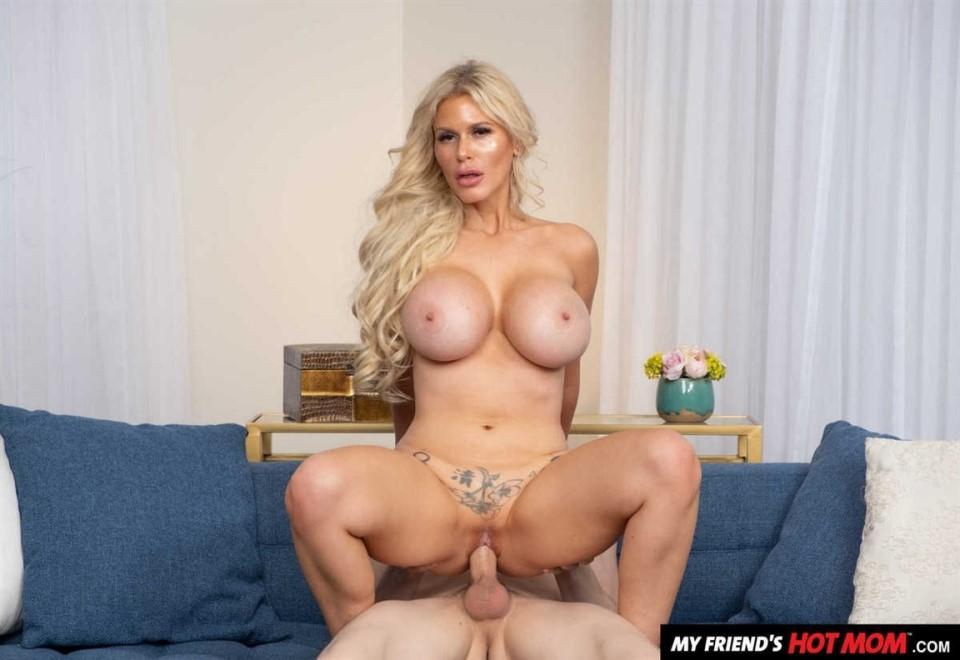 Casca Akashova - Sexy Casca Akashova Likes To Fuck And Suck On Young Cock