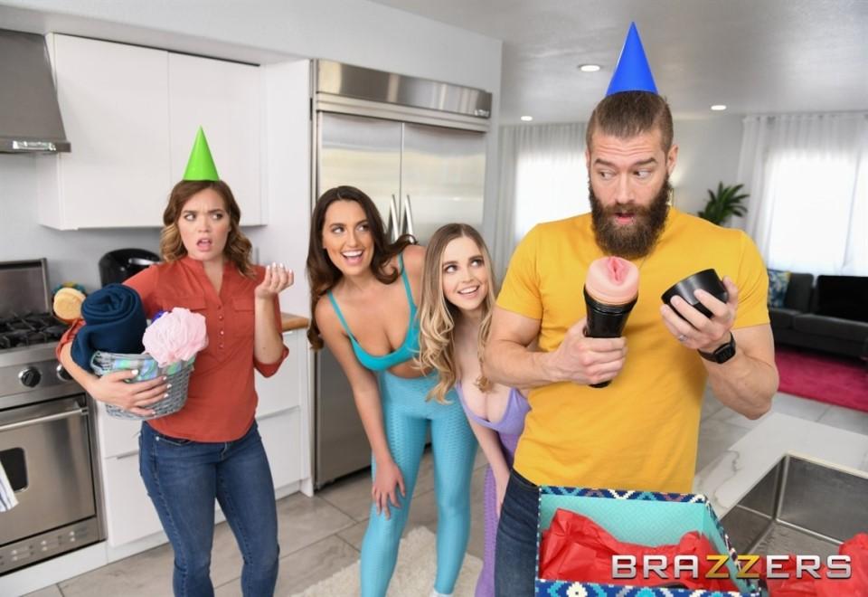 [HD] Codi Vore, Nolina Nyx - Smashing My Hot Lesbian Roommates Codi Vore, Nolina Nyx - SiteRip-00:39:16 | Lesbian, Threesome, Big Tits, All Sex, Blowjob - 430,6 MB