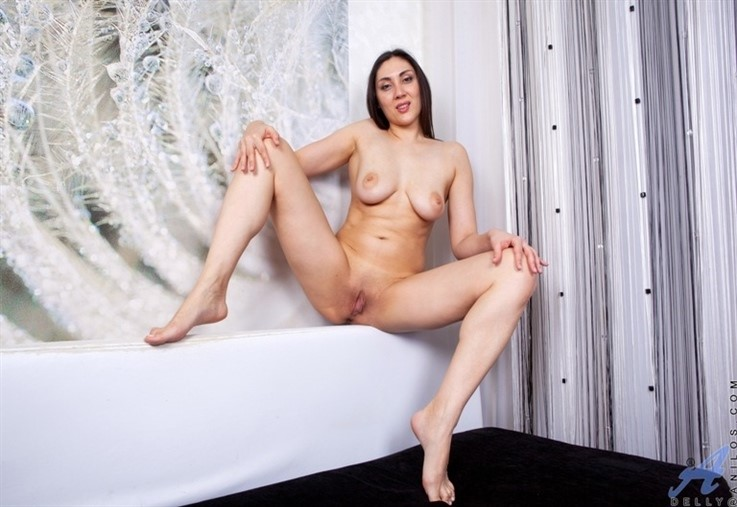 [Full HD] Delly - Ready For Fun 20.04.21 Mix - SiteRip-00:19:11 | Big Areolas, Stockings, Brunette, Solo, European, Big Boobs, Long hair, Shaved Pussy, High Heels, Mini Skirt - 2,3 GB