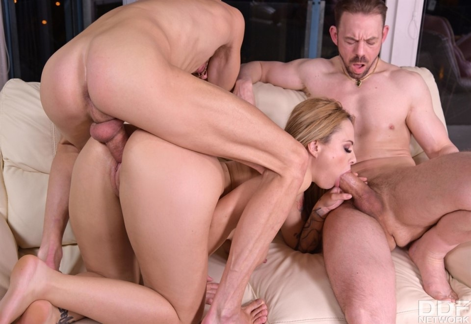 [Full HD] Dominno Aka Dominno Rebelde - Cucked MILF Makes A Threesome Tape To Get Back At Her Hubby Mix - SiteRip-00:34:37 | Threesome, Big Tits, Gonzo, All Sex, Hardcore, Cuckold, Cum On Tits, MILF - 1,7 GB