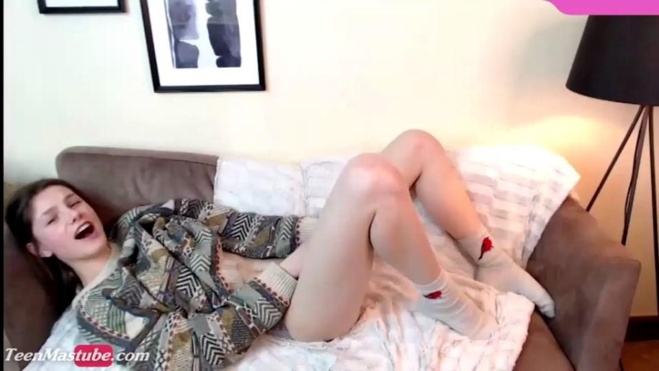 [HD] Empressjosephine Mix - SiteRip-00:09:39 | Solo, Webcam, Masturbation, Amateur - 117,6 MB