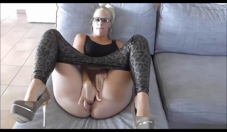 [HD] German Horny Blonde Penetration And Facial Mix - SiteRip-00:07:05 | Blowjob, Facial, All Sex - 101,6 MB
