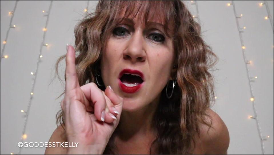 [Full HD] GoddessTKelly Alone On New Years... Again GoddessTKelly - Manyvids-00:19:22 | Size - 2,7 GB
