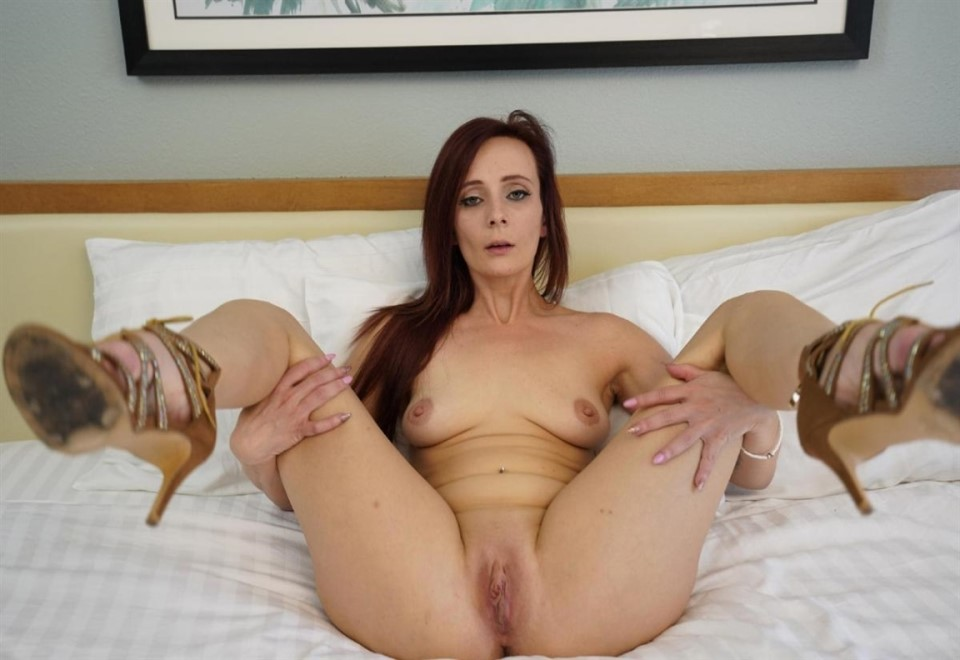 [Full HD] Holly Lace. Redhead Holly Lace Wants To Play With Big Dick POV Holly Lace - SiteRip-00:40:28 | Natural, POV, Babe, RedHead, Big Dick, Big Ass - 1,1 GB