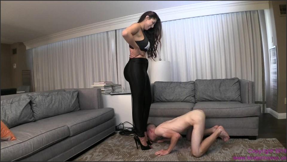 [HD] Jasmine Mendez - Slave Kisses Ass With A Nice Full Tummy Goddess Jasmine Mendez - Manyvids-00:07:24 | Size - 336,2 MB