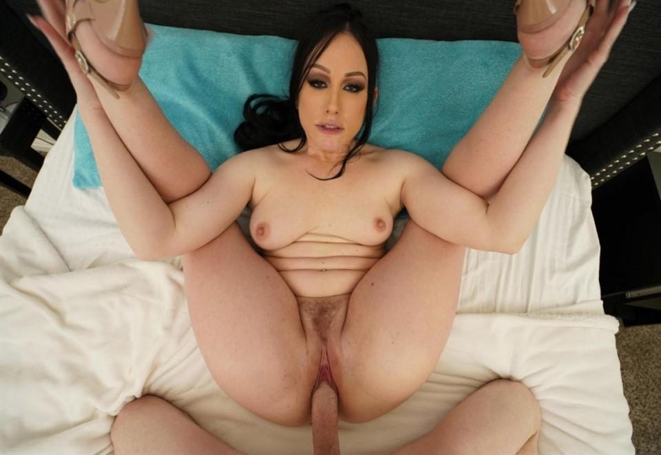[Full HD] Jennifer White. Brunette Babe Jennifer White Rides Big Cock POV Sex Jennifer White - SiteRip-00:50:48 | Big Ass, Natural, POV, Babe, Big Dick - 1,4 GB