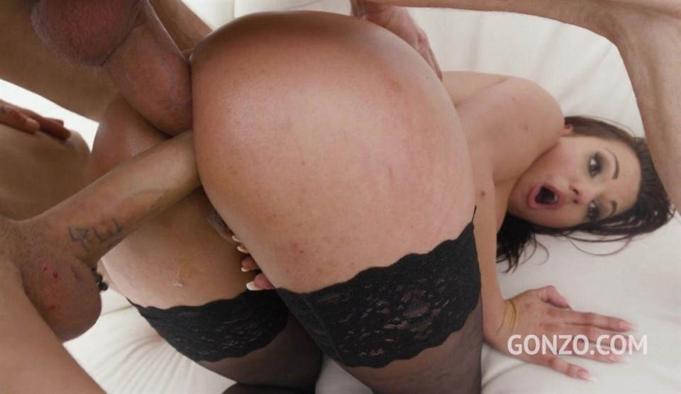 [HD] Jolee Love Returns To Gonzo For Hot Anal Fuckign With Intense DP And DAP SZ2691 Jolee Love - SiteRip-00:47:25 | Anal, Double Penetration, Sex Toy, Double Anal, ATM, Interracial, Gapes - 1,6 GB