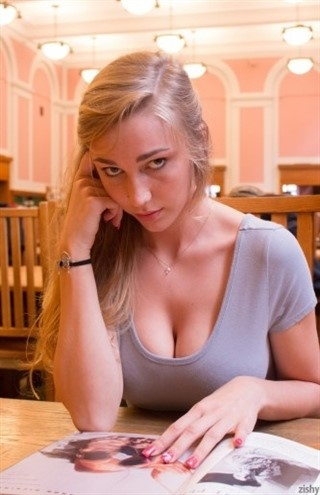 [HD] Kendra Sunderland Music Compilation Mix - SiteRip-00:06:00 | Dubstep, All Sex, Music, Oral - 133,7 MB