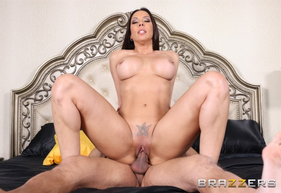 [HD] Rachel Starr - Slut Magic Rachel Starr - SiteRip-00:32:13 | Blowjob, All Sex, Facial, Big Tits, Masturbation, Fetish, Feet, Footjob - 374,5 MB