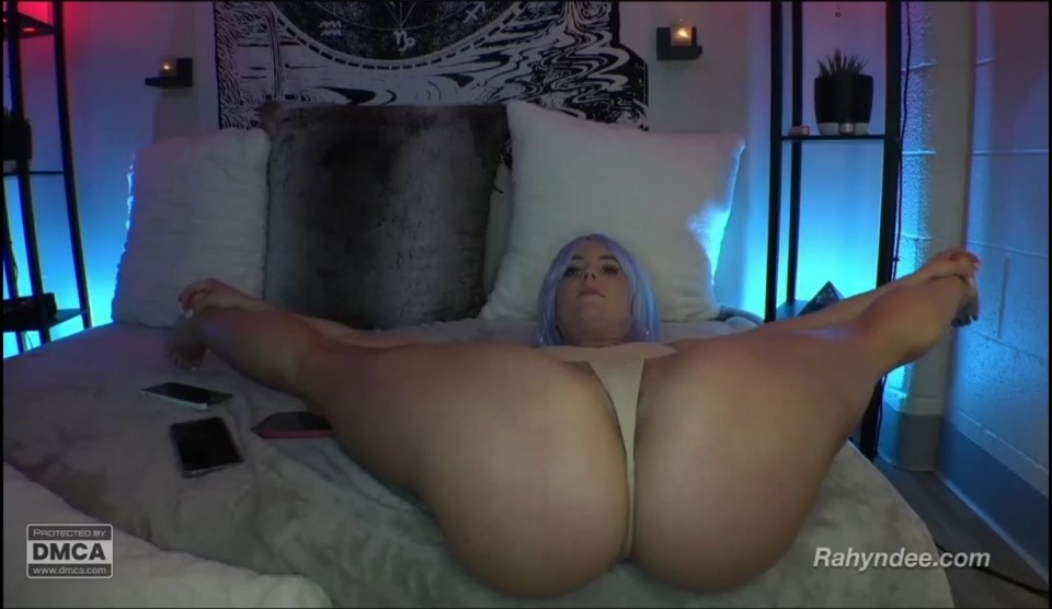 [HD] rahyndee 21-04 Mix - SiteRip-01:22:40 | ass, big boobs, webcam, 720p - 1,7 GB