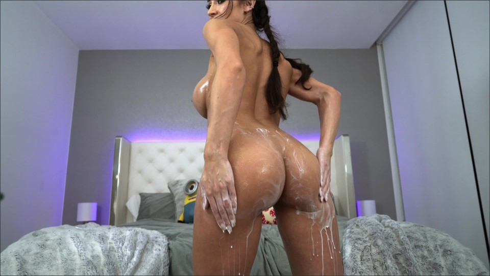 [4K Ultra HD] Reya Sunshine - Rubbing Lotion On My Huge Tits And Ass Mix - SiteRip-00:13:24 | Big Boobs, Big Butts, Huge Tits, Brunette, Lotion - 2,8 GB