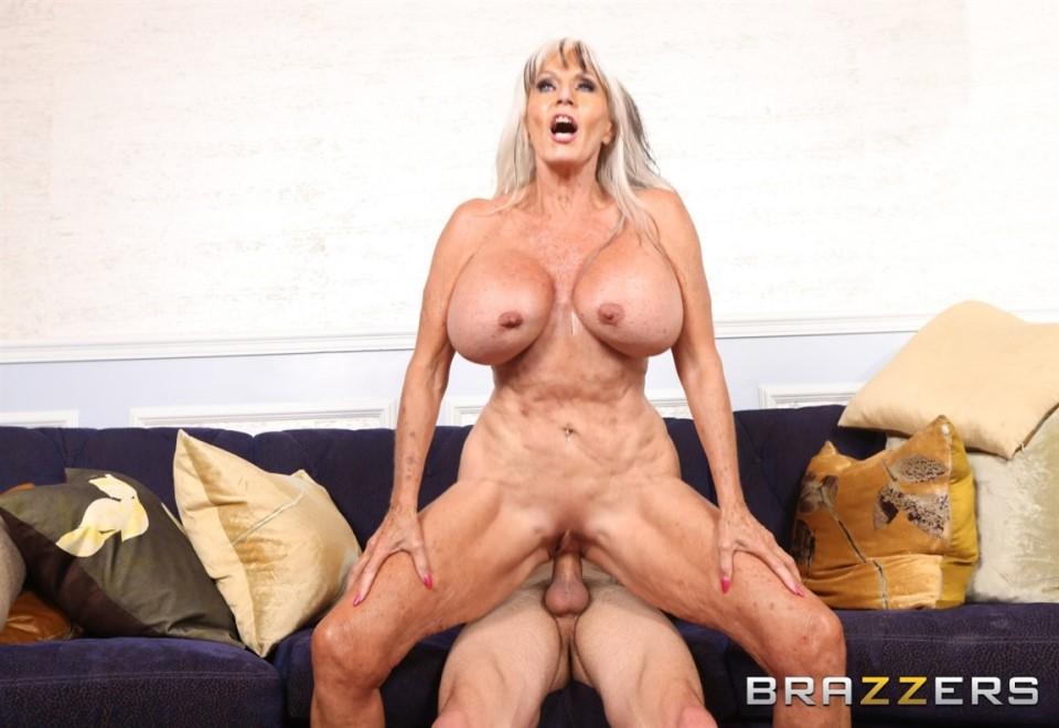[HD] Sally D'Angelo - Sneaky Grandma Sally D'Angelo - SiteRip-00:36:16 | Handjob, Cum On Tits, Grannygilf, Facial, All Sex, Huge Tits, Blowjob - 512,4 MB
