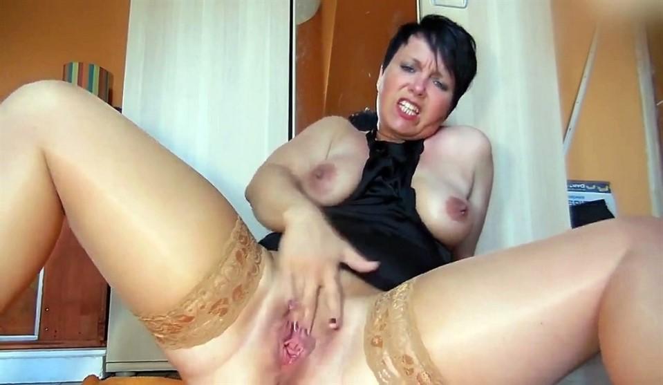 [HD] Webcam stockings mature big pussy Mix - SiteRip-00:18:03 | solo, posing, mature, stockings, big pussy, masturbation, big tits - 159,7 MB