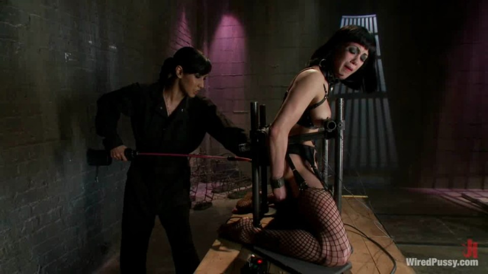 [HD] 2011-04-28 Noir - Beautiful Fetish Model Tied up and Dominated by Isis Love Mix - SiteRip-01:11:37   Bondage ,  BDSM ,  Lesbians ,  Hardcore - 858 , 5 MB