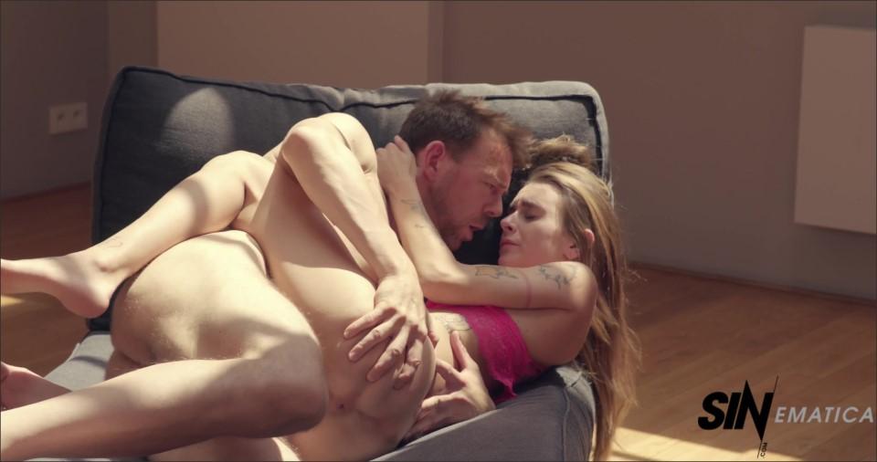 [4K Ultra HD] Adele Unicorn 4K Adele Unicorn - SiteRip-00:32:05 | Hardcore, Small Tits, Slim, Tattoo, Deep Throat, Natural Tits, Piercing, Cum On Pussy, Skinny, Blowjob, Petite - 2,8 GB
