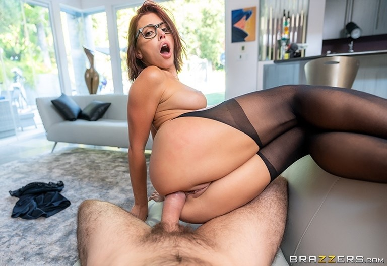 [Full HD] Adriana Chechik - Fucking Fired Adriana Chechik - SiteRip-00:26:15 | Innie Pussy, Blowjob, Black Stockings, Athletic, High Heels, Creampie, Redhead, Trimmed Pussy, Reverse Cowgirl, Blouse...