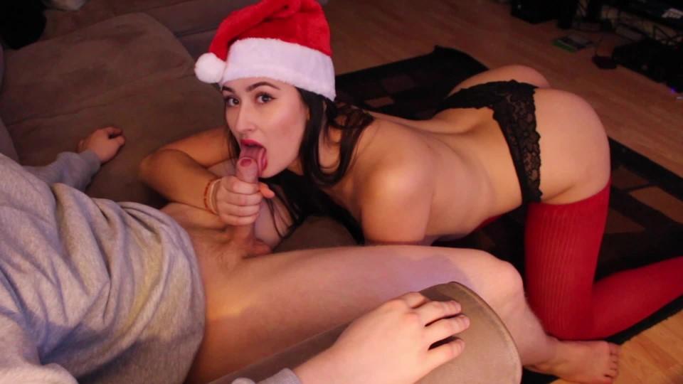 [Full HD] Alexia96 Hd Christmas Blowjob Alexia96 - ManyVids-00:10:18 | Blowjob,Boy Girl,Christmas,Deepthroat,Facials - 340,1 MB