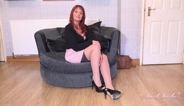 [Full HD] Beau - Auntie Beau Jerk Off Instruction 20.06.20 Beau - SiteRip-00:21:47   Redhead, Big Tits, Masturbation, Shaved Pussy, POV, Jerk Off Instruction, Stockings and Lingerie, Solo, Over 50,...