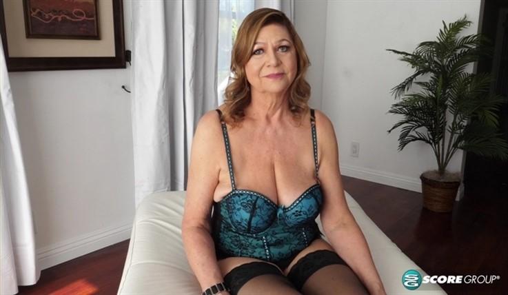 [4K Ultra HD] Brenda Douglas - Introducing Brenda Douglas, Our New 60Plus Milf 03.03.20 Brenda Douglas - SiteRip-00:15:58 | Big Tits, MILF, Brunette, Solo, Toy, Masturbation, Mature - 3,9 GB