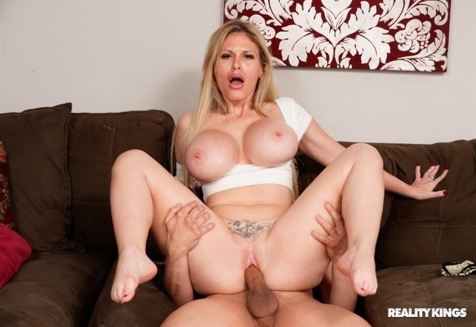 [HD] Casca Akashova - P--Ping On The Panty Sniffer Casca Akashova - SiteRip-00:51:12   Cum On Tits, All Sex, MILF, Big Tits, Blowjob - 570,9 MB