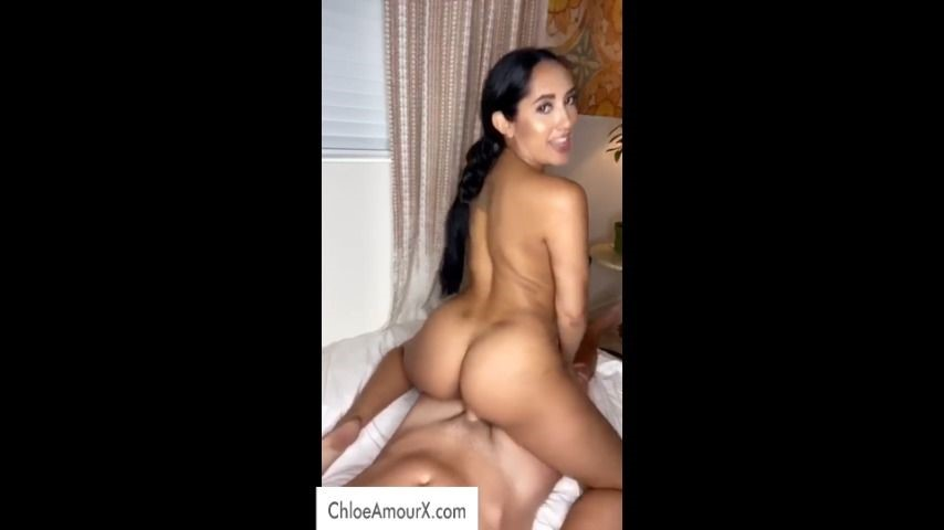 [Full HD] chloeamour riding like a pro ChloeAmour - ManyVids-00:05:40 | Big Ass,Big Boobs,Cowgirl,Cumshots,Doggystyle - 56,8 MB