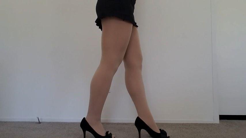 [Full HD] Clair Elizabeth Legs In Nylons And Heels Clair Elizabeth - ManyVids-00:11:02 | Legs,Nylon Worship,Tights Fetish,High Heels,Calves,SFW - 155,6 MB