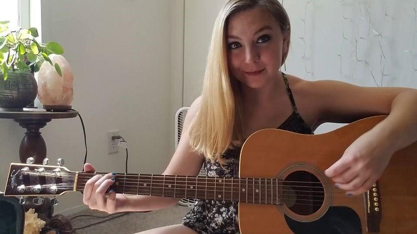 [Full HD] Clair Elizabeth Strumming My Guitar Clair Elizabeth - ManyVids-00:07:01 | Acoustic Guitar,Guitar,Intimate,Musician,ASMR,SFW - 151,4 MB