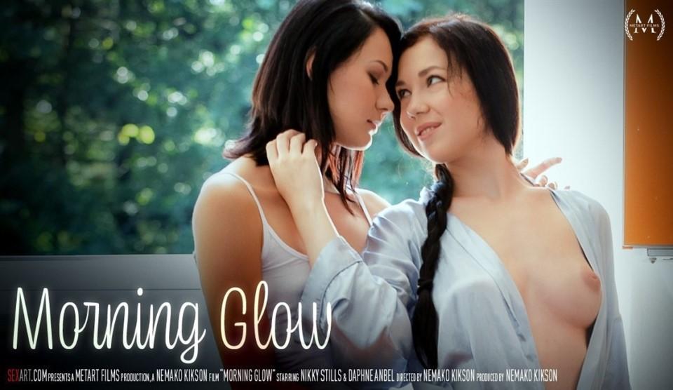 [Full HD] Daphne Anbel & Nikky Stills Morning Glow Daphne Anbel & Nikky Stills - SiteRip-00:19:06   Couch, Camisole, Pierced, Lesbian - 1,1 GB