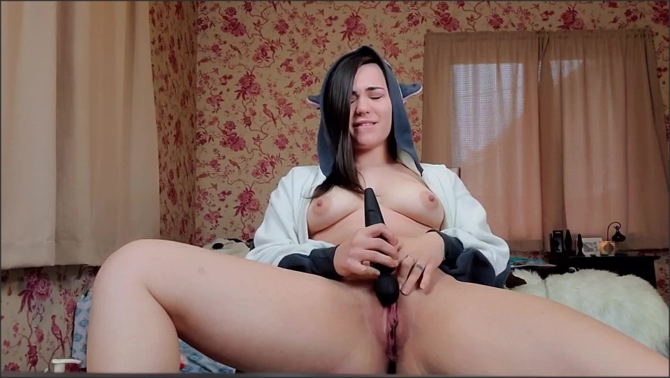 [Full HD] Delilahreigns Onsie And Domi Quick Cum Delilahreigns - ManyVids-00:03:30 | Costume,Finger Fucking,Solo Female,Moaning Fetish,Hitachi - 72,8 MB