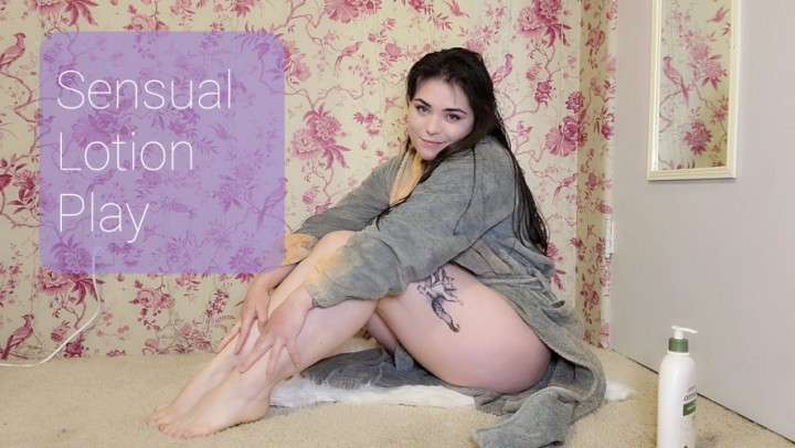 [Full HD] Delilahreigns Sensual Lotion Play Delilahreigns - ManyVids-00:07:33 | Lotion/Oil Fetish,Eye Contact,Sensual,Wet Look,Tattoos - 847,2 MB
