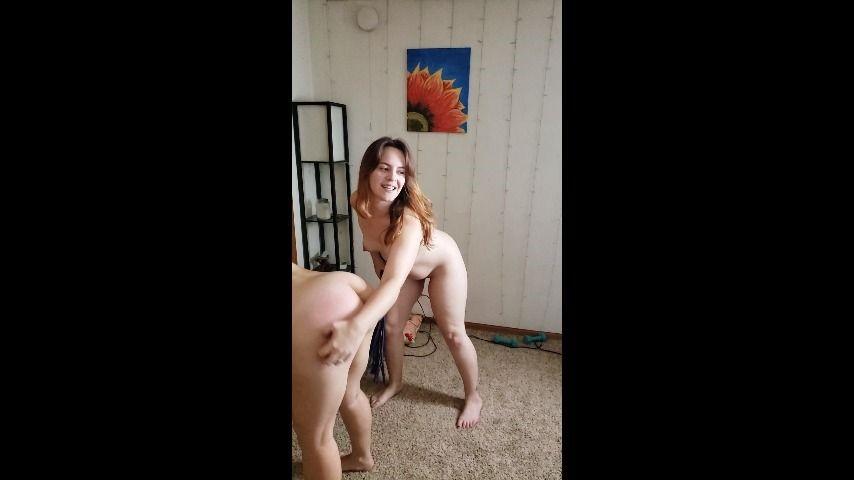 [Full HD] Delilahreigns Tawney Flogs Me Delilahreigns - ManyVids-00:02:04 | Costume,Femdom,Flogging,Girl Girl Girl,Kink - 218,6 MB