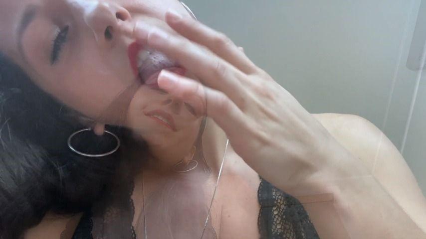 [Full HD] greekgoddess195 beg for my goddess spit GreekGoddess195 - ManyVids-00:09:05 | Humiliation,Spit Fetish,Spitting,Smoking,Femdom POV - 1,3 GB