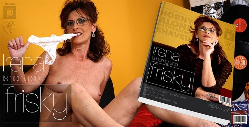 [Full HD] Irena W - Naughty mature Irena is frisky and loves to play with her wet pussy Irena W. (55) - SiteRip-00:15:30 | Masturbation, Solo - 707,6 MB
