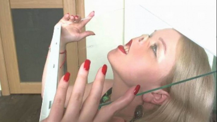 [HD] julztaylor custom nose fetish and nose pressing JulzTaylor - ManyVids-00:11:40   Blonde,Close-Ups,Extreme Close-ups - 262,8 MB